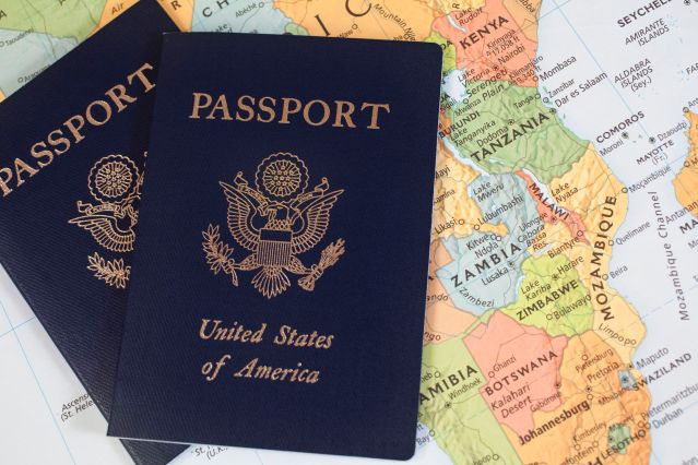 american-passport-57e932175f9b586c356bbea2.jpg
